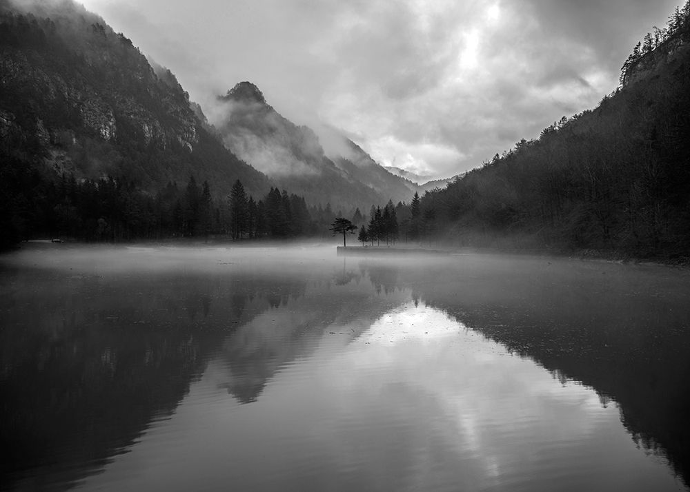 Art Print: Mountain Lake